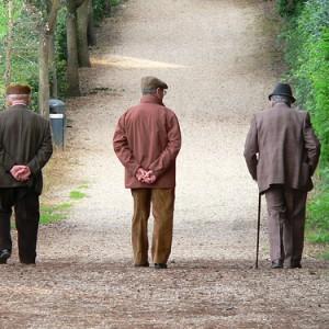 anziani politiche sociali